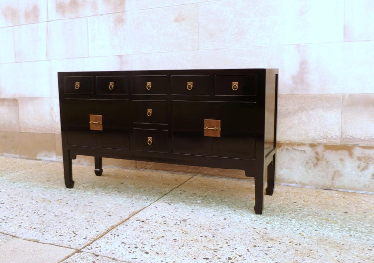 Chinese Fine Black Lacquer Sideboard or Console Table For Sale