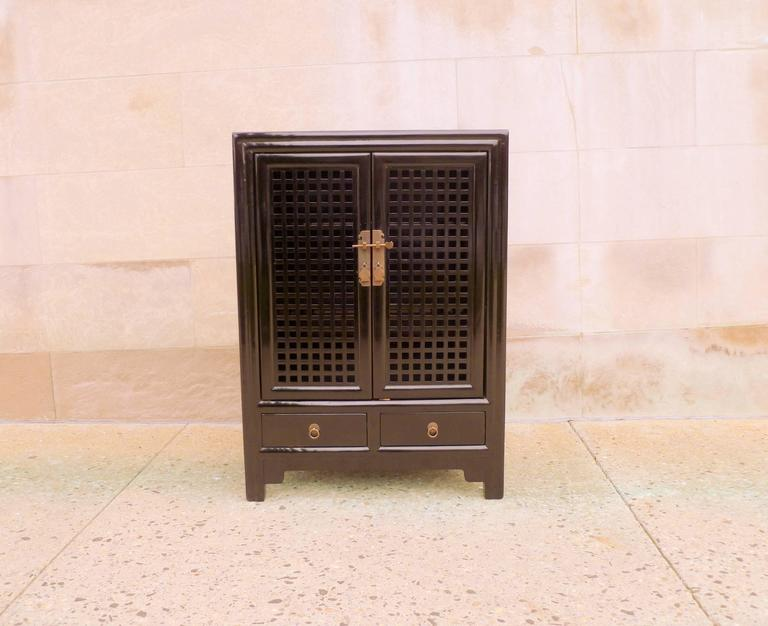 Surprising Fine Black Lacquer Chest With Lattice Fret Work Doors Gmtry Best Dining Table And Chair Ideas Images Gmtryco