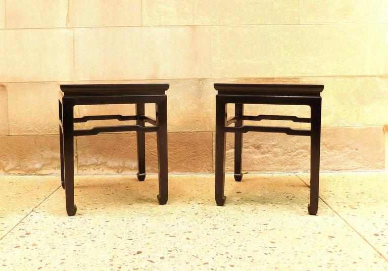 Fine Pair of Black Lacquer End Tables In Excellent Condition For Sale In Greenwich, CT