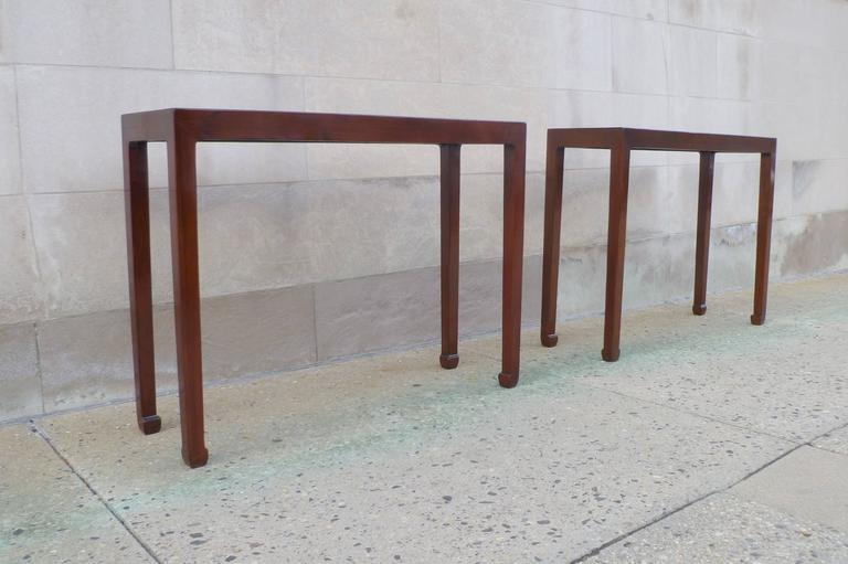 Pair of Fine Jumu Console Tables In Excellent Condition For Sale In Greenwich, CT