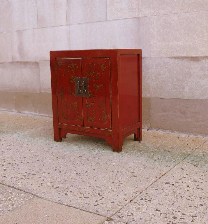 Chinese Fine Red Lacquer Chest with Gilt Motif Design For Sale