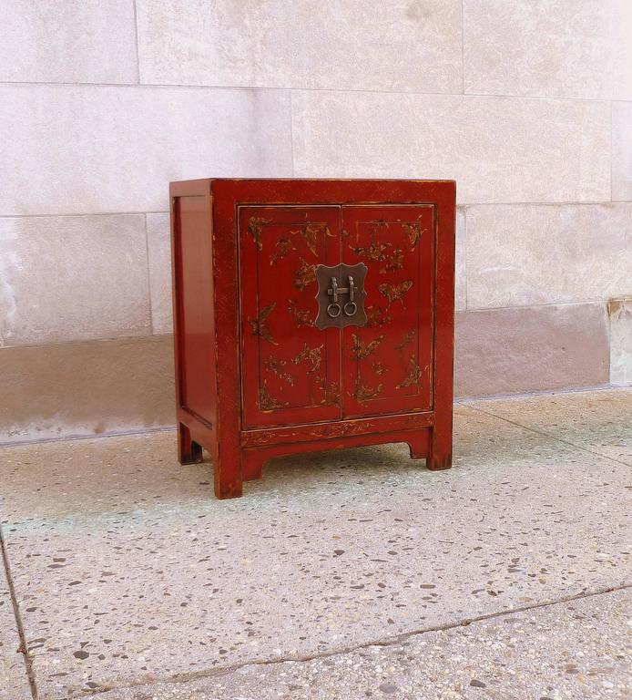 Early 20th Century Fine Red Lacquer Chest with Gilt Motif Design For Sale