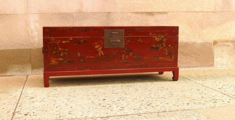 Polished Fine Red Lacquer Trunk with Gilt Motif For Sale