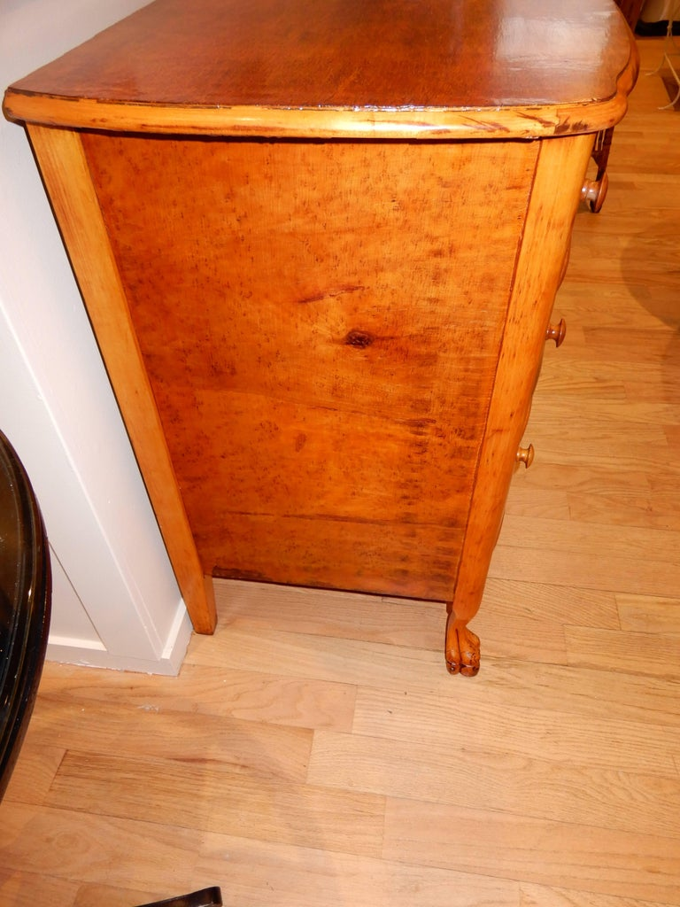 Birdseye Maple Americana Late 19th Century Chest of Drawers or Dresser For Sale