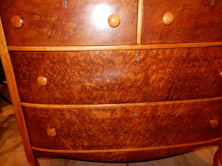 Hand-Crafted Americana Late 19th Century Chest of Drawers or Dresser For Sale