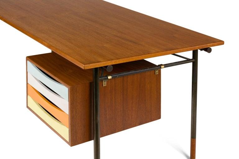 Danish Finn Juhl Model BO69 Nyhavn Teak Desk with Extension for Bovirke, Denmark, 1950s For Sale