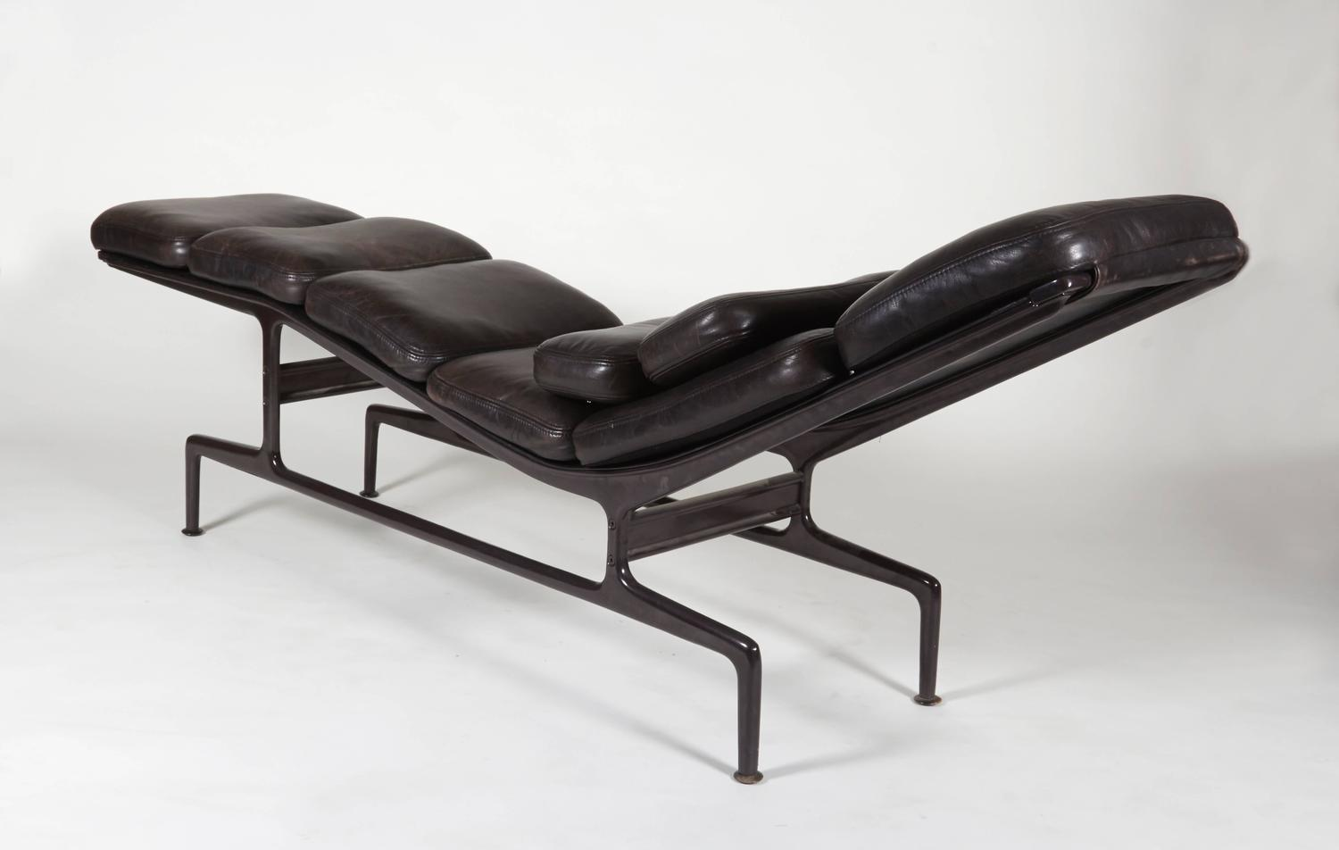 Billy Wilder Chaise By Charles And Ray Eames For Sale At