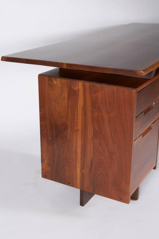 Late 20th Century George Nakashima Walnut Double Pedestal Desk, 1977 For Sale