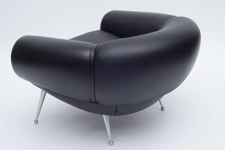 Scandinavian Modern Black Leather Lounge Chair by Illum Wikkelsø, Denmark, 1960s For Sale