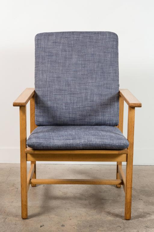 Pair of Danish Oak Lounge Chairs by Børge Mogensen for Fredericia Stolefabrik 4