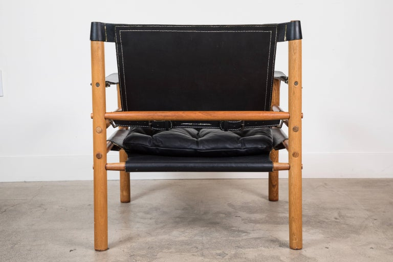 """Mid-Century Modern Rosewood """"Sirocco"""" Safari Chair by Arne Norell For Sale"""
