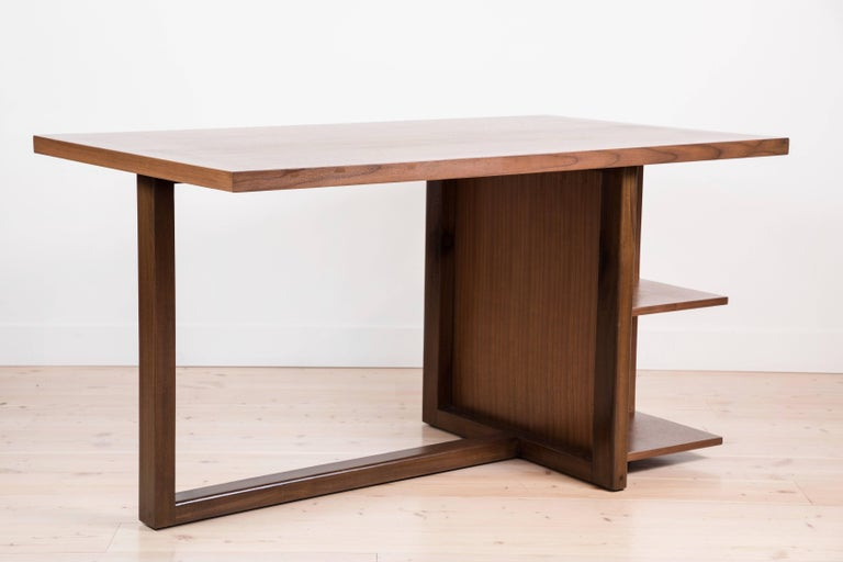 Ivanhoe Desk by Lawson-Fenning In Excellent Condition For Sale In Los Angeles, CA