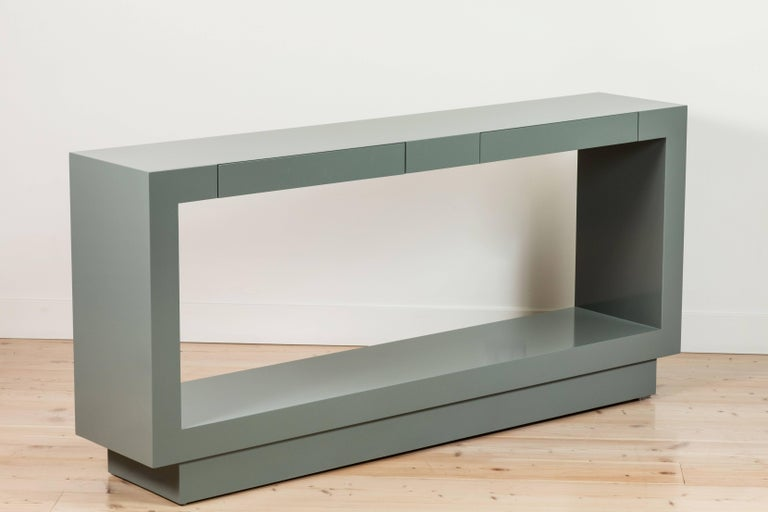 Palisades Console by Lawson-Fenning In Excellent Condition For Sale In Los Angeles, CA