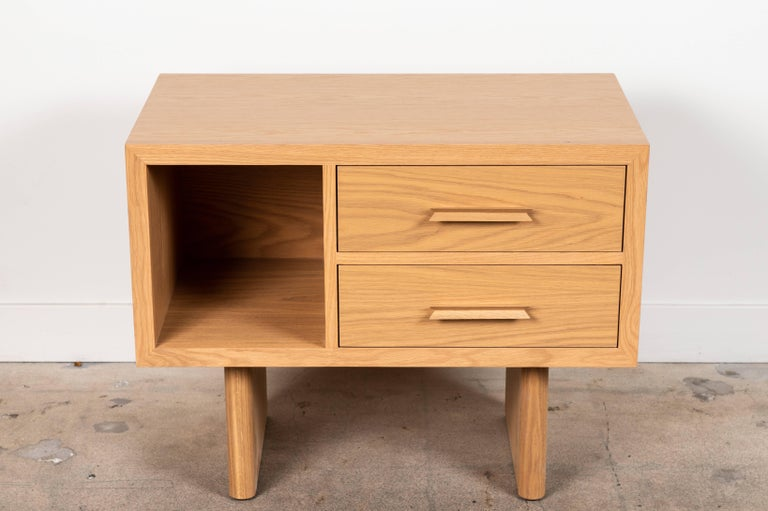 Mid-Century Modern Pair of Inverness Nightstands by Lawson-Fenning For Sale