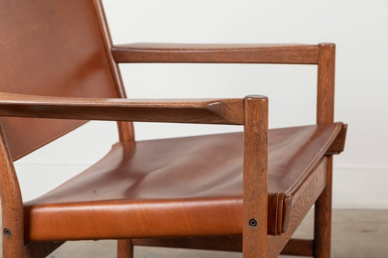 Pair of Leather Lounge Chairs Attributed to Gunnar Myrstrand In Excellent Condition For Sale In Los Angeles, CA