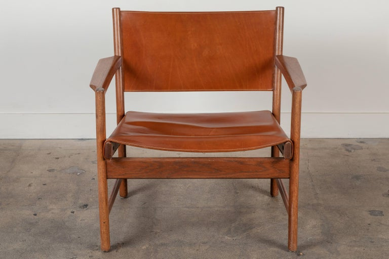 Pair of Leather Lounge Chairs Attributed to Gunnar Myrstrand For Sale 4