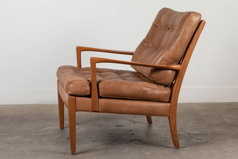 Mid-Century Modern Pair of Löven Lounge Chairs by Arne Norell For Sale