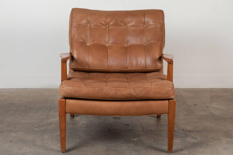 Pair of Löven Lounge Chairs by Arne Norell For Sale 1