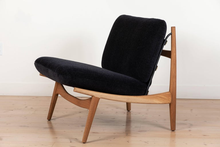 Pair of Maker's Lounge Chairs by Lawson-Fenning In Excellent Condition For Sale In Los Angeles, CA