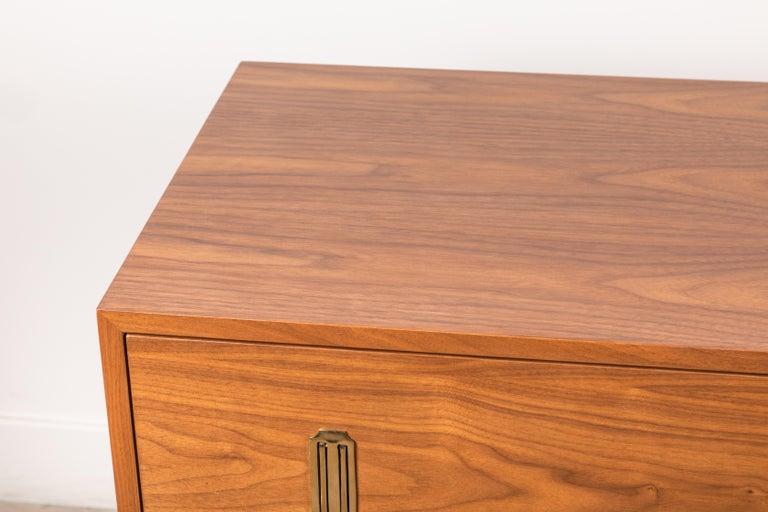 Mid-Century Modern 4-Drawer Arcadia Chest by Lawson-Fenning For Sale