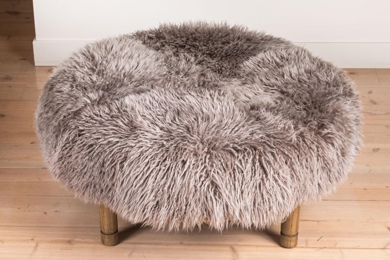 Moreno Ottoman in Shearling by Lawson-Fenning In Excellent Condition For Sale In Los Angeles, CA