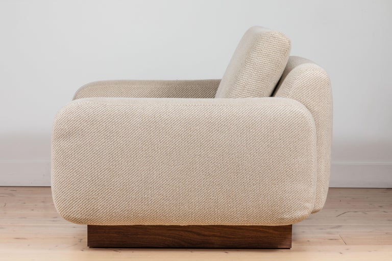 Mesa Lounge Chair by Lawson-Fenning In New Condition For Sale In Los Angeles, CA