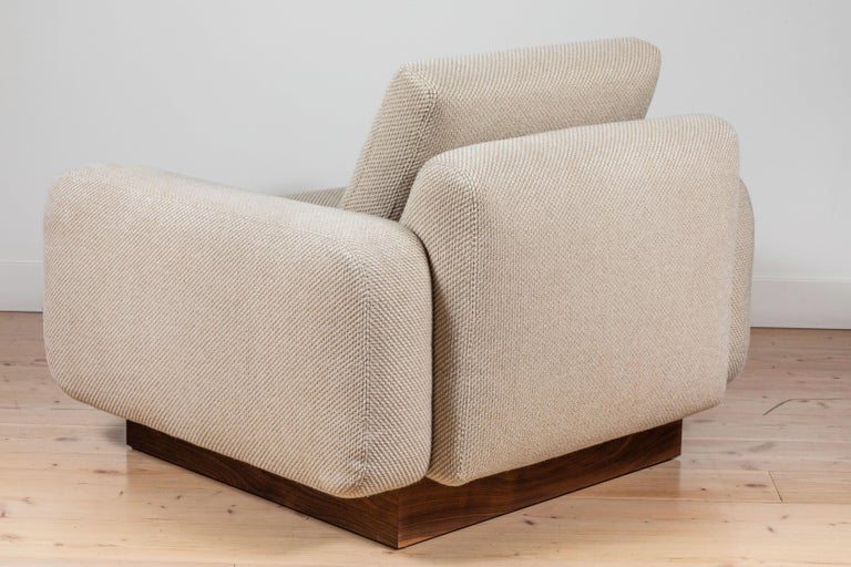 Contemporary Mesa Lounge Chair by Lawson-Fenning For Sale