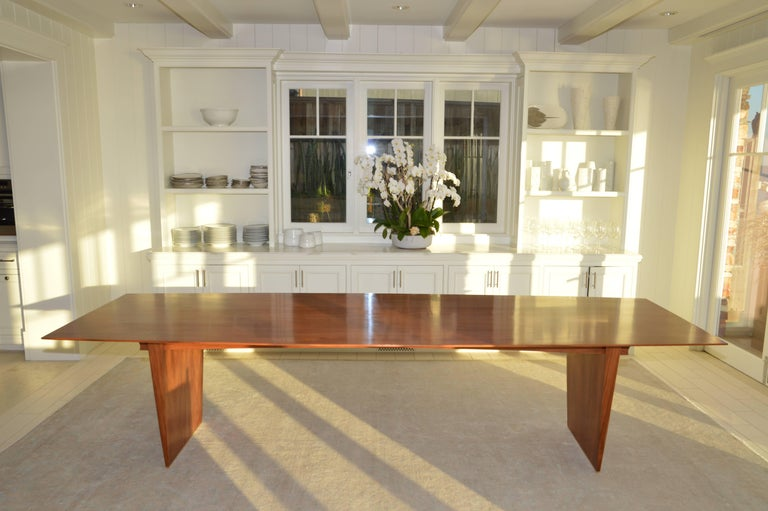 Dining Table in Solid Bookmatched Mahogany, Custom Made by Petersen Antiques In Excellent Condition For Sale In Los Angeles, CA