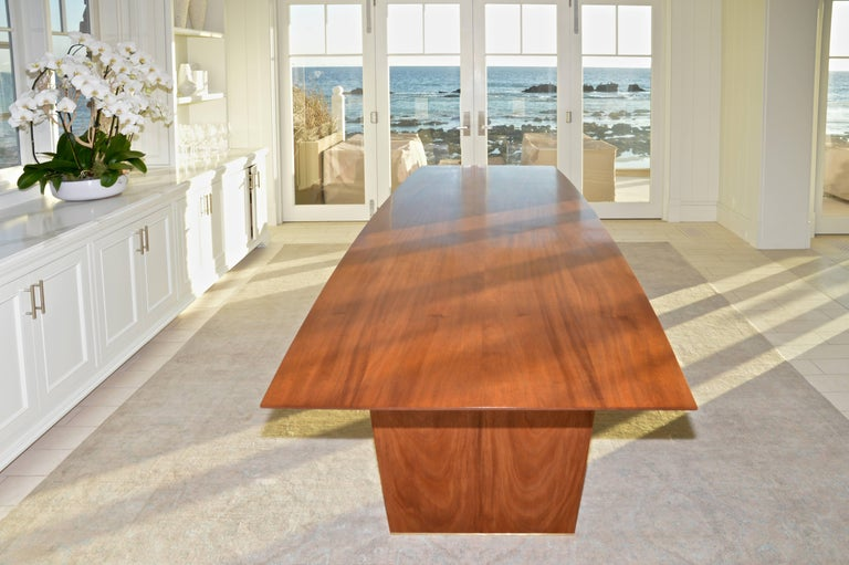North American Dining Table in Solid Bookmatched Mahogany, Custom Made by Petersen Antiques For Sale