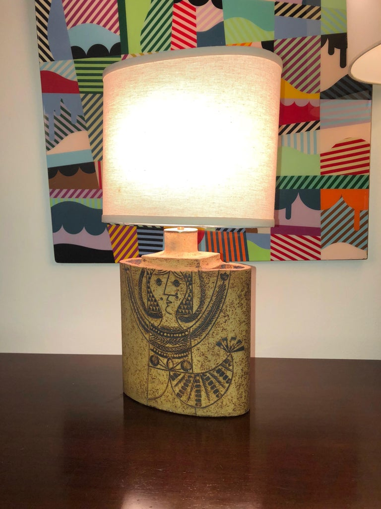 Mid-Century Modern Elliptical Ceramic Table Lamp by Roger Capron circa 1960 Made in France For Sale