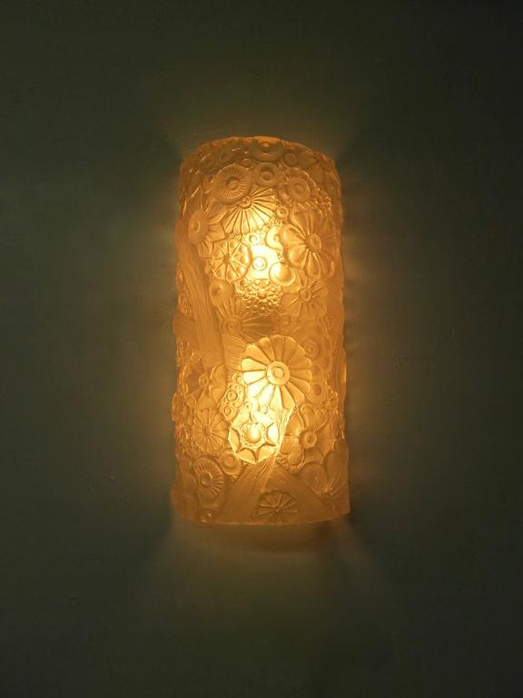 Single Resin Wall Sconce by Sirmos circa 1970 Made in USA at 1stdibs