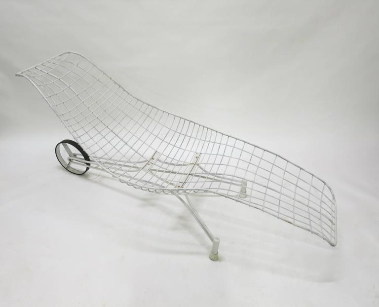 Pair of vintage chaise lounge chairs by vladimir kagan for 1950s chaise lounge