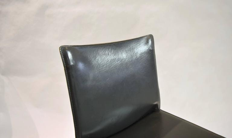 Pair of Gray Leather 412 CAB Chairs, Mario Bellini for Cassina For Sale 5