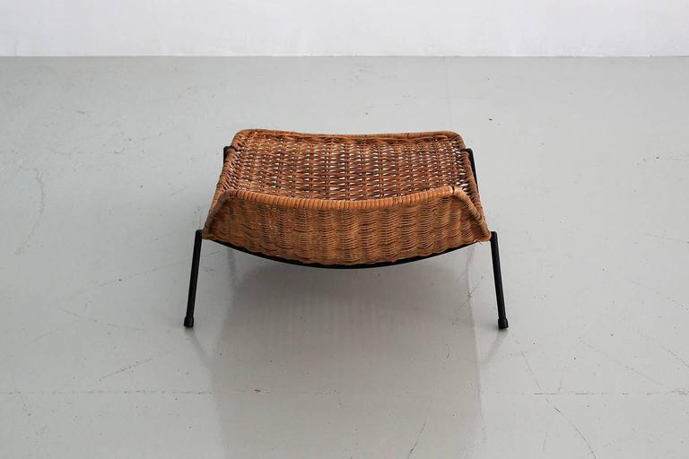Woven Wicker Pool Chairs  For Sale 3