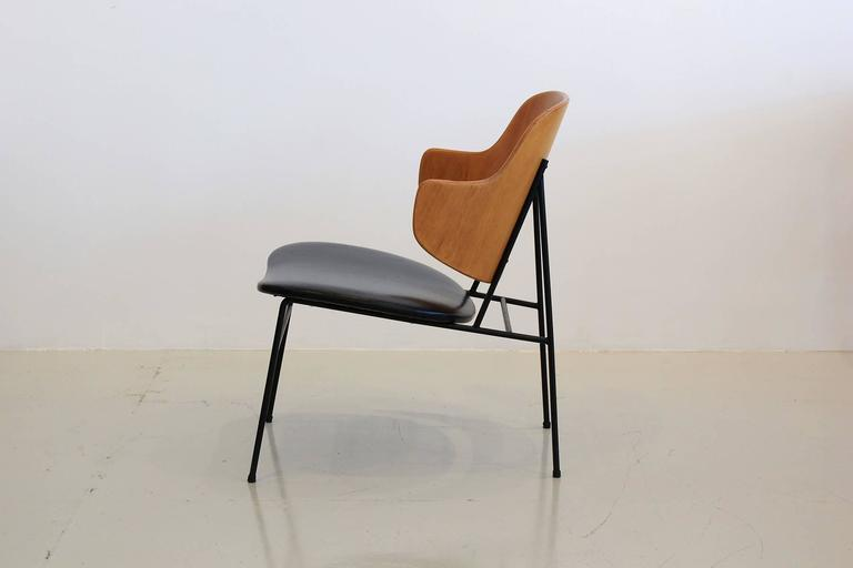 """Kofod-Larsen """"Penguin"""" Chairs In Excellent Condition For Sale In Los Angeles, CA"""