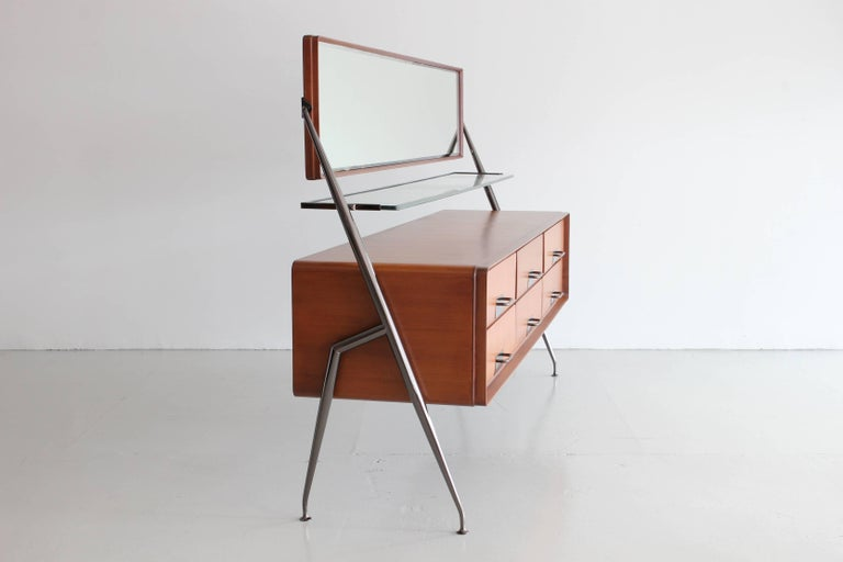 Silvio Cavatorta Dresser Vanity In Excellent Condition For Sale In Los Angeles, CA