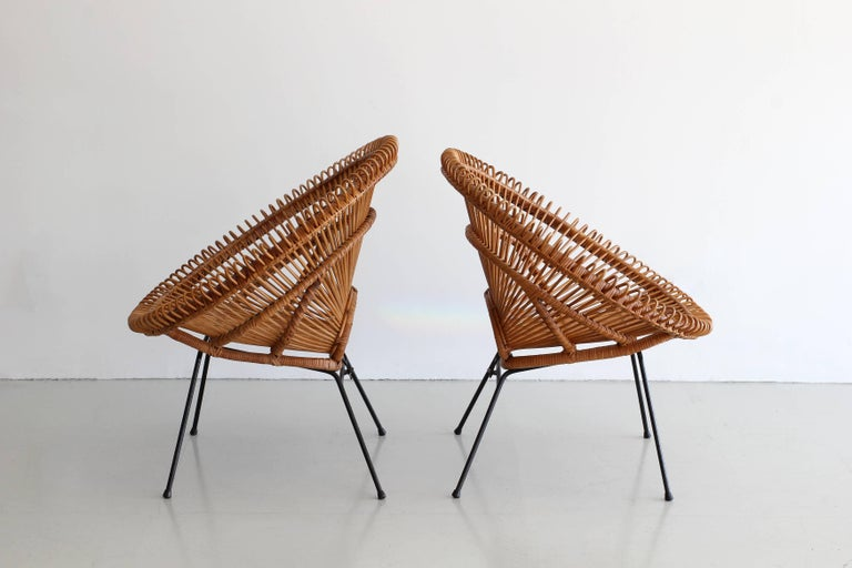 Pair of Rattan Chairs in the Style of Franco Albini In Good Condition For Sale In Los Angeles, CA