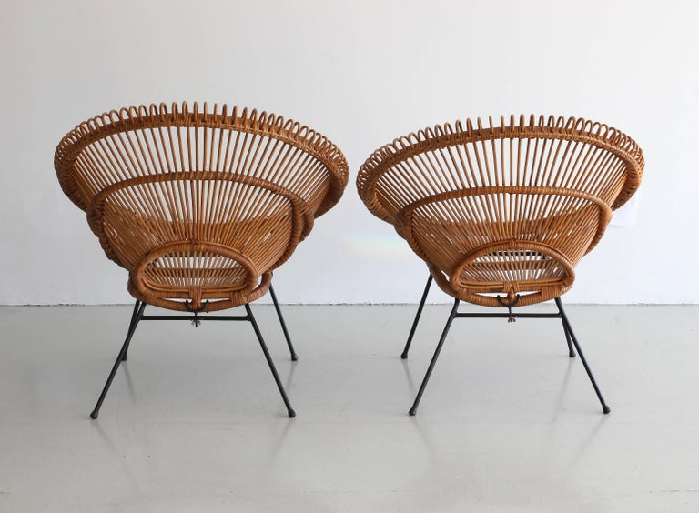 Pair of Rattan Chairs in the Style of Franco Albini For Sale 1