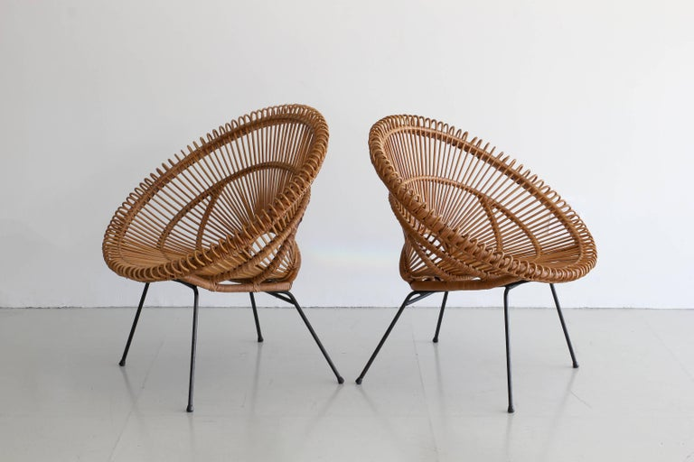 Italian Pair of Rattan Chairs in the Style of Franco Albini For Sale