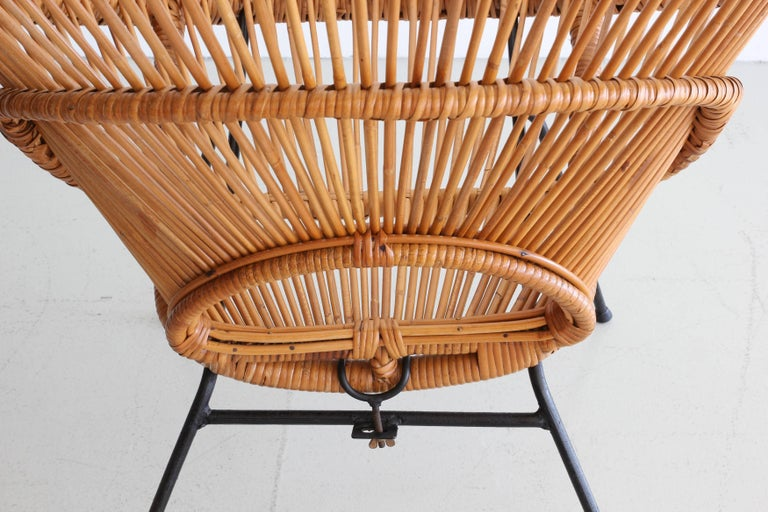 Pair of Rattan Chairs in the Style of Franco Albini For Sale 2