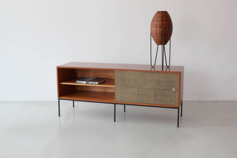 Paul McCobb Credenza In Good Condition For Sale In Los Angeles, CA