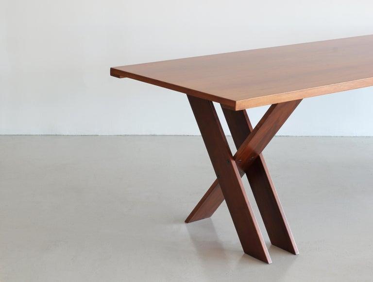 Incredible double X base Marco Zanuso dining table in walnut wood for Poggi circa 1970.