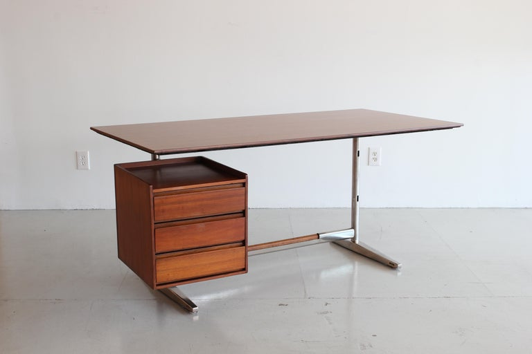 Mid-Century Modern Gio Ponti Rosewood and Chrome Desk For Sale