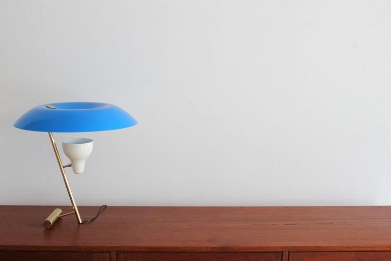 Mid-Century Modern Gino Sarfatti Modello 548 Table Lamp For Sale