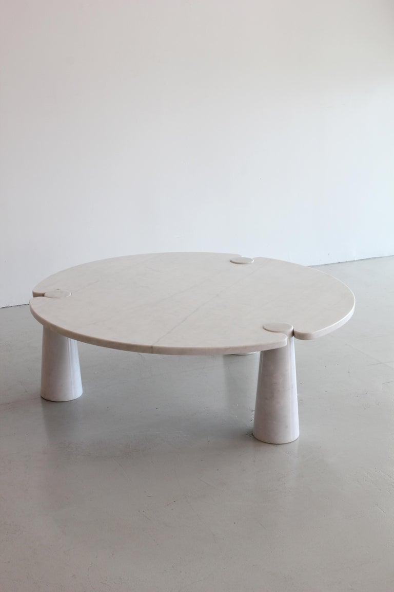 20th Century Angelo Mangiarotti Round Marble Eros Coffee Table For Sale