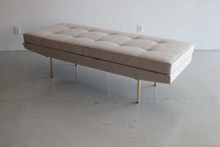 Mid-20th Century Italian Daybed For Sale
