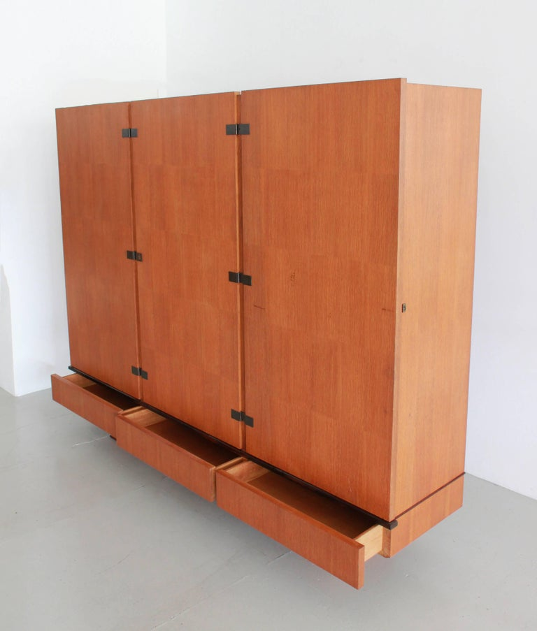 French Oak Armoire by Maxime Old, circa 1950 In Good Condition For Sale In Los Angeles, CA