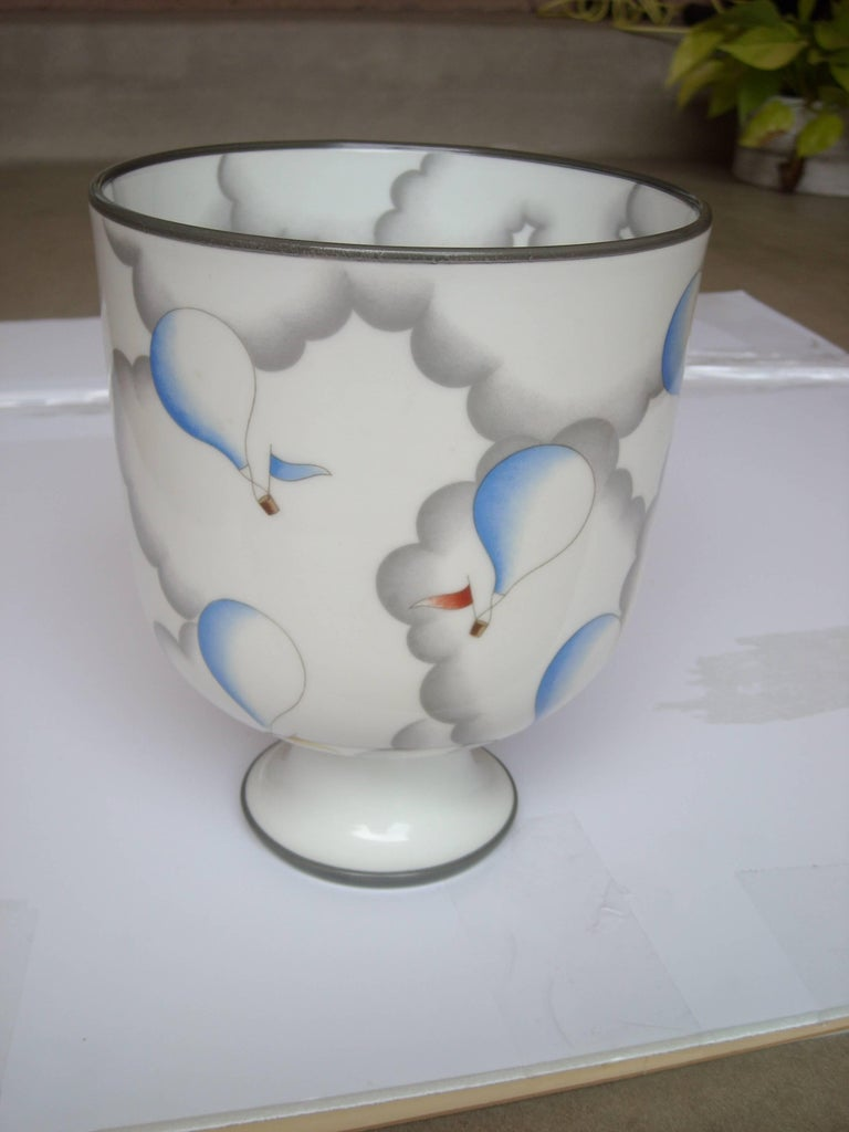 Gio Ponti Ceramic Vase or Urn for Richard Ginori, Signed In Excellent Condition For Sale In Los Angeles, CA