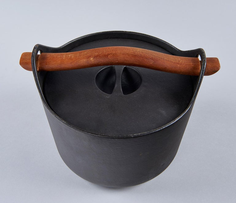 Sarpaneva's famous cast iron cooking pot, made by Rosenlew & Co. in Finland, won a silver medal at the 1961 Milan Triennale for its designer, the first of many international honors awarded to this humble but exquisitely designed object. This is a