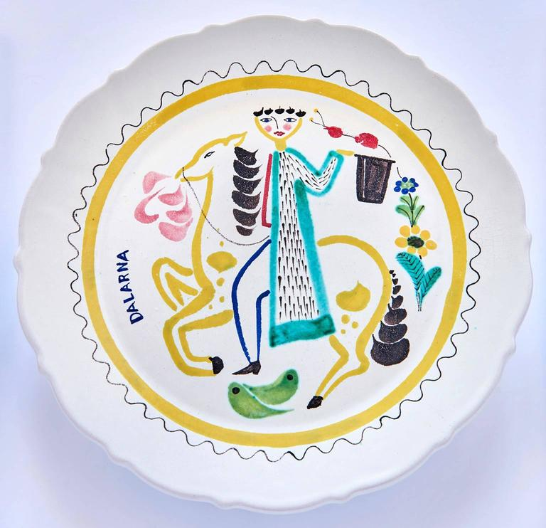 Swedish Set of Nine Hand-Painted Faience Dinner Plates by Stig Lindberg For Sale